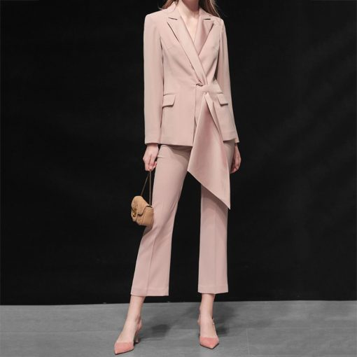 Ensemble tailleur smoking pantalon crayon rose